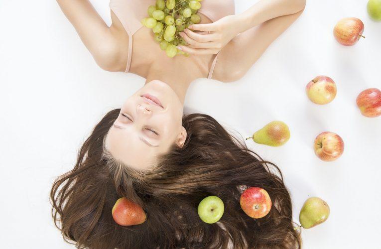 Rituels beauté : Pourquoi se mettre aux cosmétiques naturels maison?